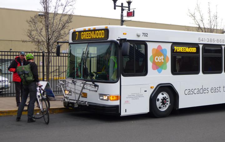 Cascades East Transit bus